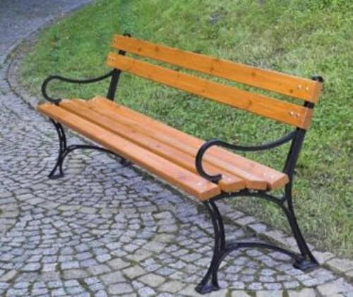 Bytelná zahradní lavička s velkou nosností