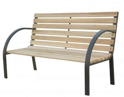 Jednoduchá laťková lavička na zahradu