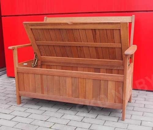 Velký úložný prostor zahradní lavice