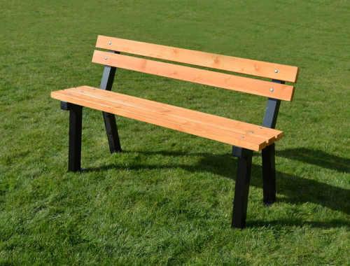 moderní a nadčasová bytelná lavička