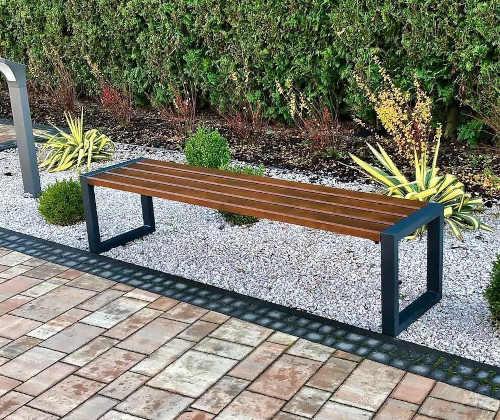 jednoduchá lavice bez opěrky